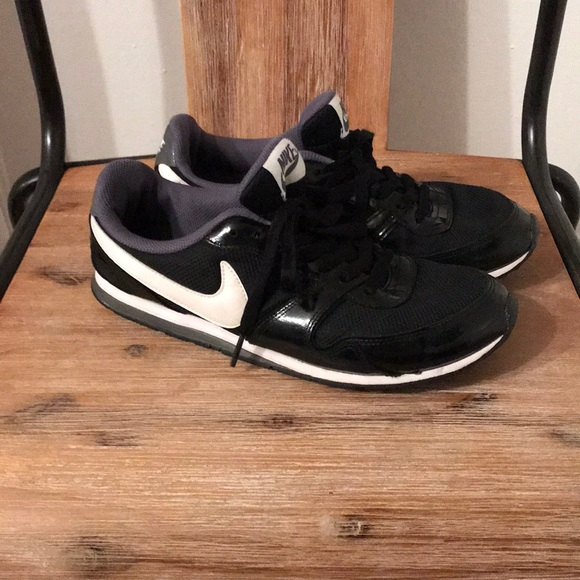 Black Patent Leather Nike Eclipse II Tennis Shoes!